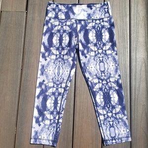 Lululemon Wunder Under Blue Tie Dye Capris Size 6
